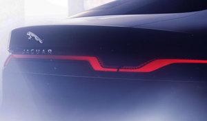 Jaguar tease la nouvelle XJ électrique