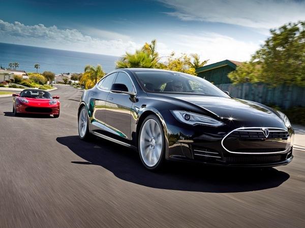 Les designers peaufinent toujours la Tesla Model S