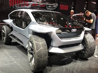 AI:Trail Quattro Concept : lunaire - En direct du salon de Francfort 2019