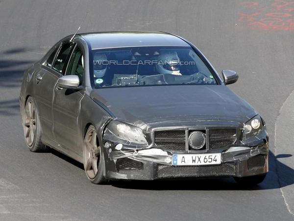 Future Mercedes C63 AMG en 2015 avec un V8 4.0l biturbo