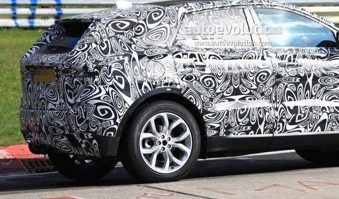 Le SUV compact de Jaguar se dévoile enfin