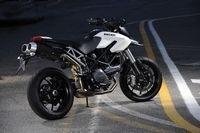 Ducati Hypermotard 796 : Les photos officielles
