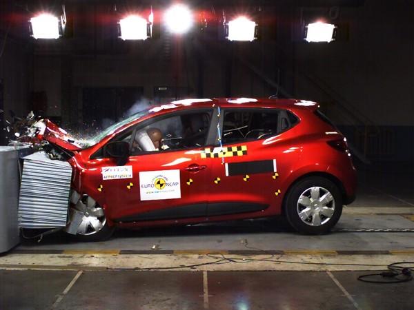 Nouvelle Renault Clio: classe 5 étoiles à EuroNCAP