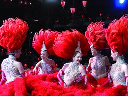 Le Mans 2011 : les filles du Moulin Rouge sur la grille de départ !