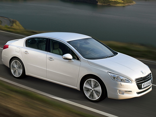Nouvelle Peugeot 508: une photo de plus! (MàJ: + 3 photos HD)