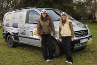 Rallye des Gazelles 2009: un Mercedes Viano dans la course