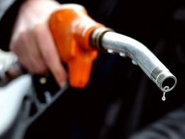 Nouveau recul de la consommation de carburant en 2013