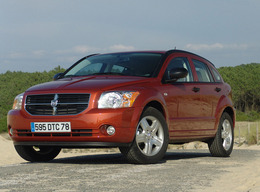 dodge caliber essais fiabilit avis photos vid os. Black Bedroom Furniture Sets. Home Design Ideas