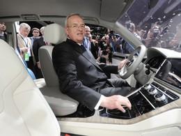 Martin Winterkorn, plus que jamais patron, va restructurer le groupe VW