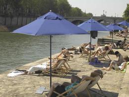 """""""Paris-Plage"""" 2010 annonce le projet de réaménagement des voies sur berges"""