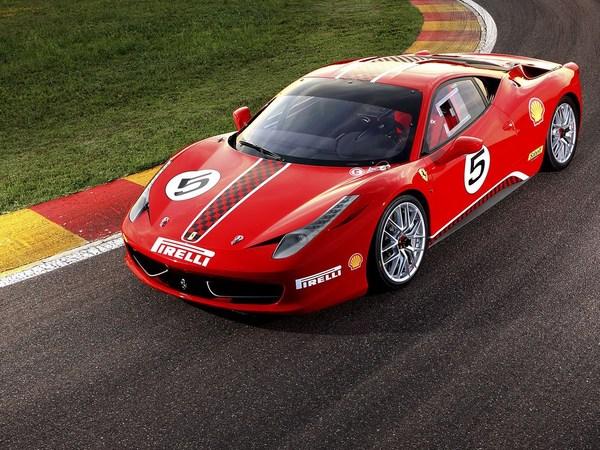 Nouvelle Ferrari 458 Challenge : plus vite, plus haut, plus fort