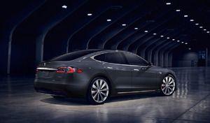 Tesla : aux Etats-Unis, la Model S 100D homologuée à 540 km d'autonomie
