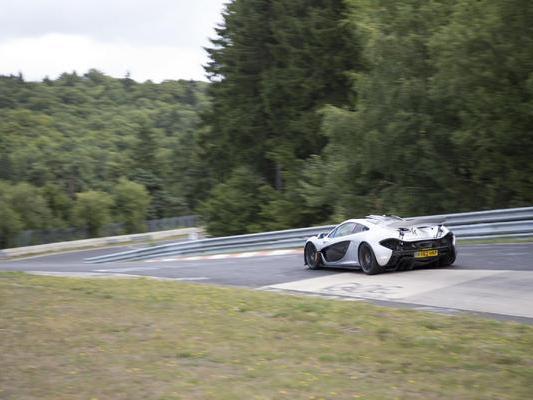 La McLaren P1 en 6'30 sur le Nürburgring?