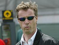 Eddie Irvine voudrait suivre Gerhard Berger