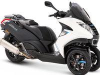 Peugeot Motocycles : deux versions Sport et Business pour le Metropolis
