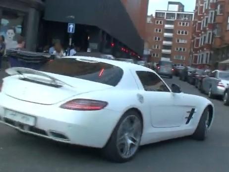 [Vidéo] Mercedes SLS AMG, cette fois en blanc mat