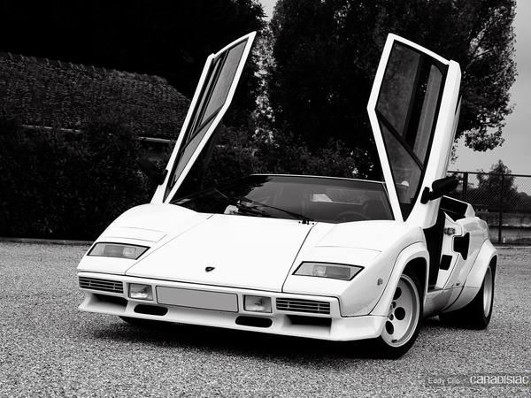 Photos du jour : Lamborghini Countach 5000 S (Car & Coffee Paris)