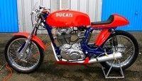 Ce vendredi, roulez avec votre moto d'avant 1994 sur le circuit des Ecuyers (02)…