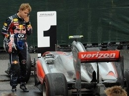 Sebastian Vettel loupe le coche