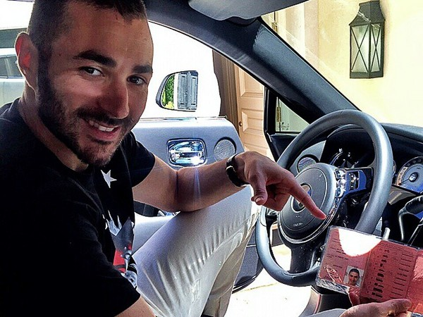 karim benzema a t il vraiment t arr t pour conduite sans permis. Black Bedroom Furniture Sets. Home Design Ideas