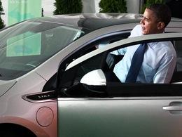 Barack Obama au volant des Chevrolet Volt et Ford Focus électriques