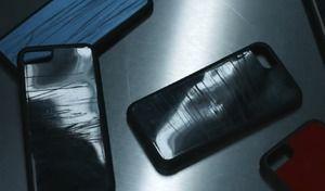 Volkswagen : l'ironie des coques de téléphone recyclées