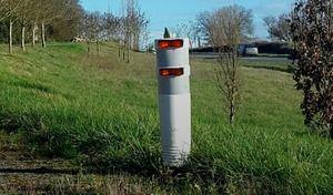 Innovation: une borne clignotante pour éviter les collisions sur les routes dangereuses