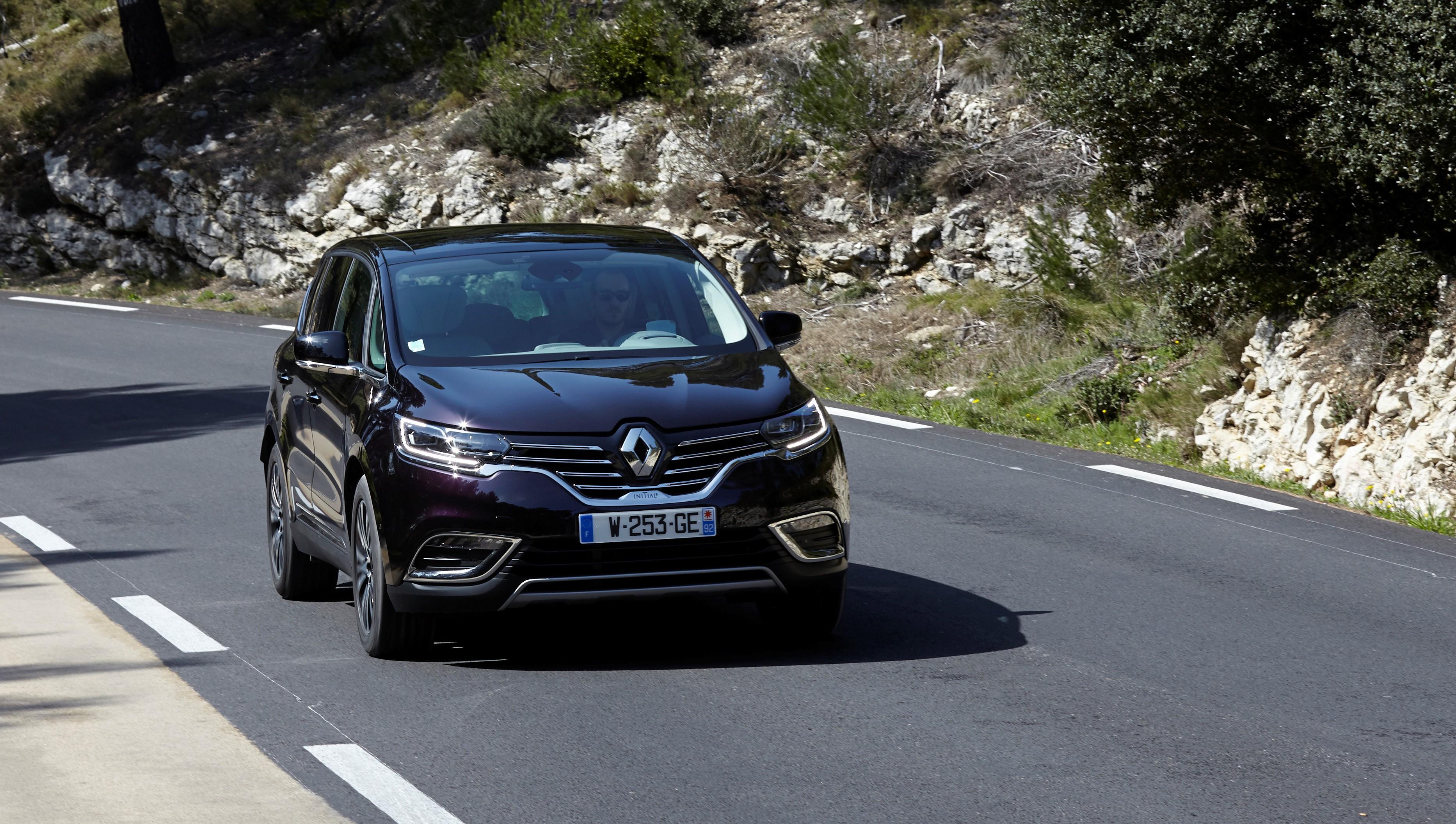 Contrôles d'émissions de Nox : Renault n'est pas à jour