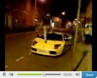 Patrick Régis marche sur une Lamborghini Murciélago…