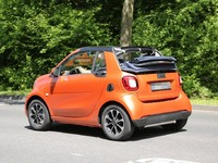 Surprise : la future Smart fortwo cabriolet baisse la capote