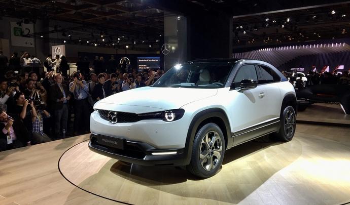 Mazda MX-30 : surprenant ! - Vidéo en direct du Salon de Tokyo 2019