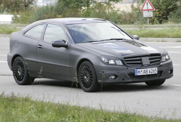 Futur Mercedes C Sport Coupe: le même mais différent