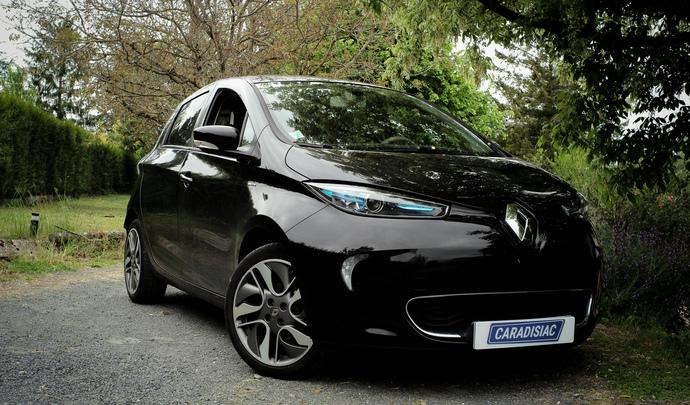 L'auto des voisins - En Touraine, Maxence est un adepte pragmatique de l'électrique
