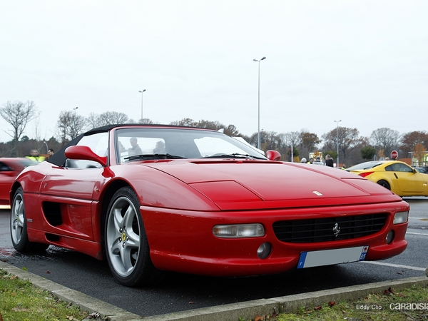 Photos du jour : Ferrari 355 Spider (Cars & Coffee Paris)