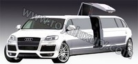 Audi Q7 Limousine by Royal Luxury : ambiance disco !
