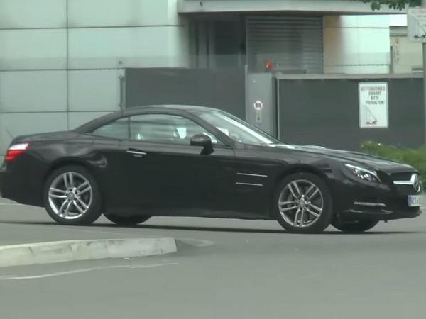 [vidéo] Mercedes prépare le restylage du roadster SL