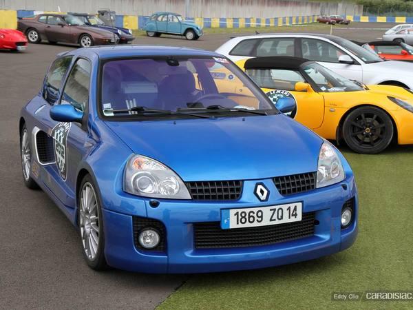 Photos du jour : Renault Clio V6 (Le Mans Classic)