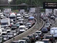 Les Français restent accros à leurs autospour se rendre au travail