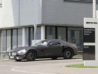 Future Mercedes AMG GT dès 2014 avec 2 niveaux de puissance