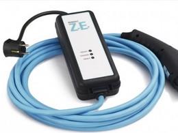 Renault Zoe : le câble de recharge pour prise domestique enfin disponible