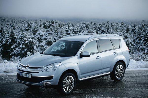 Citroën C-Crosser : SUV chevronné