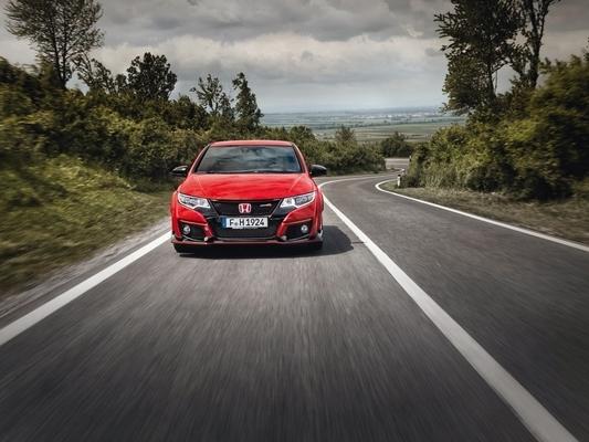 Honda prêt à lancer une Civic Type R plus radicale s'il est battu sur le Nurburgring