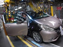 PSA : réduction de la production en vue à Poissy, près de 700 emplois menacés