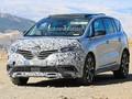 Le Renault Espace restylé prend la lumière