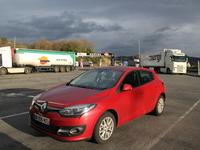 « 1700 km en Mégane avec un plein » dit la publicité Renault. Vrai ou faux ? Caradisiac a testé