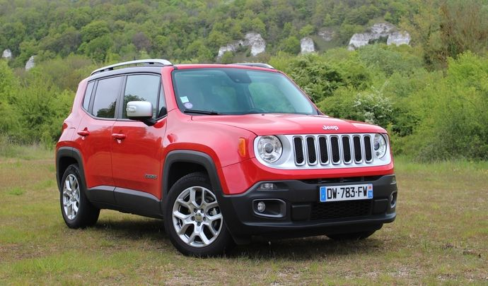 essai jeep renegade 1 4 multiair 140 2017 la jeep slim. Black Bedroom Furniture Sets. Home Design Ideas
