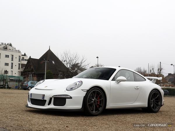 Photos du jour : Porsche 911 991 GT3 (Cars & Coffee Paris)