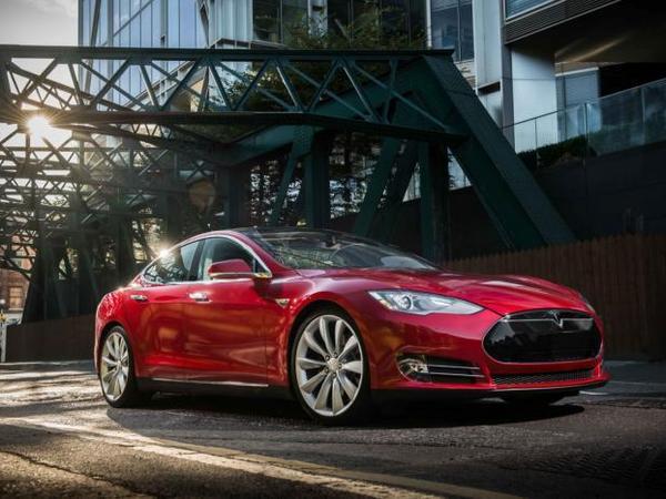 La future Saleen basée sur une Tesla!