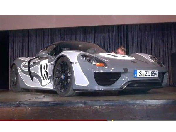 Porsche montre une 918 Spyder de pré-série au Nürburgring