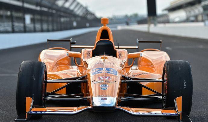 Fernando Alonso (F1) fait ses débuts en IndyCar